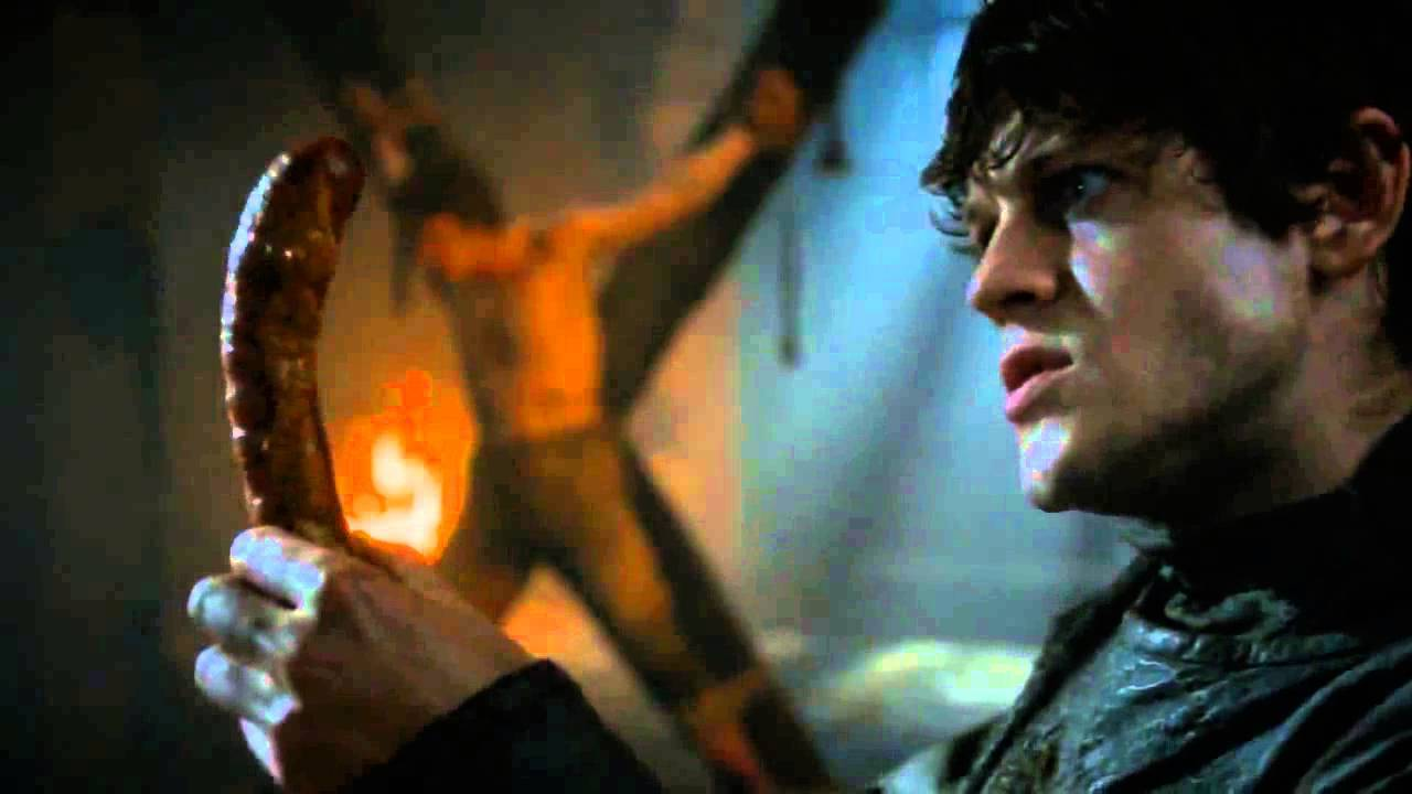 Google chrome themes game of thrones - Ramsey Snow Torturing Man With His Package Game Of Thrones 2015 Revenge