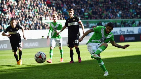 wolfsburg beats stuttgart soccer 2015
