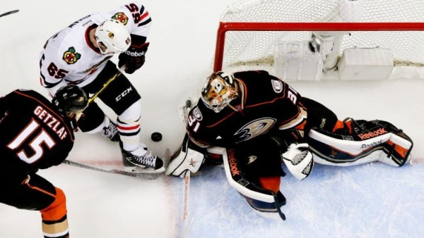 Frederik Andersen fighting off goals  for ducks vs blackhawks stanley cup playoffs 2015