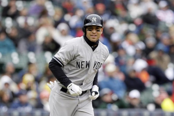 Jacoby Ellsbury top hot man for yankees bat american league mlb 2015
