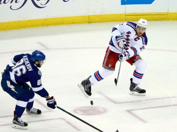 Nikita Kucherov scores for lightning 2015 stanley cup playoffs
