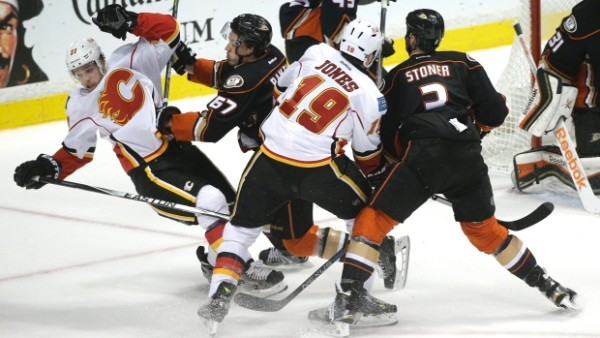 calgary flames beat anaheim ducks stanley cup playoffs 2015