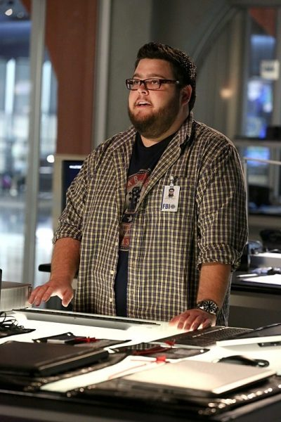 csi cyber ghost in machine recap 2015 images 533x800