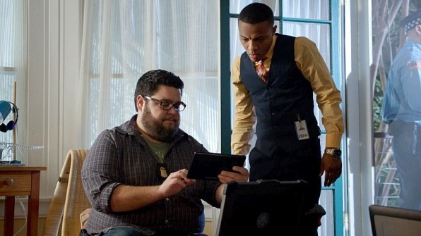csi cyber ghost in machine recap 2015 images 596x335-002