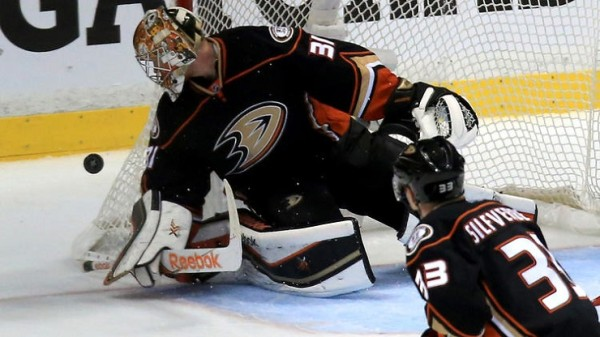ducks frederik andersen great goalie in stanley cup playoffs 2015 flames