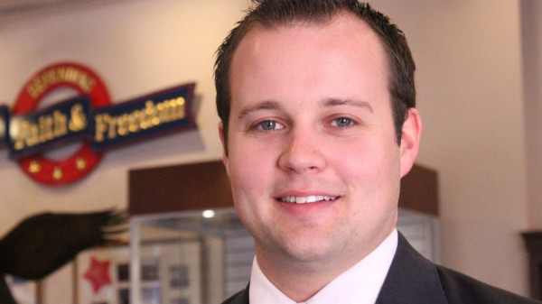 josh duggar has christians supporting him for child molesting 2015