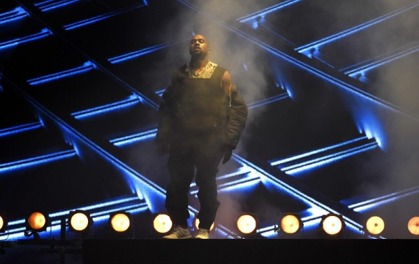 kanye west censored at billboard music awards 2015