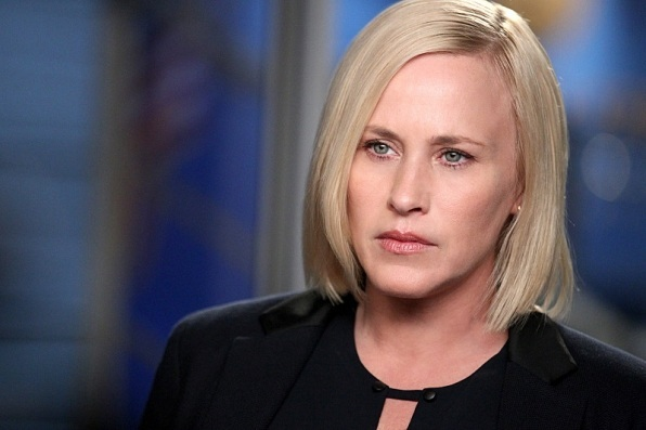 patricia arquette questioning bullies on csi cyber 2015