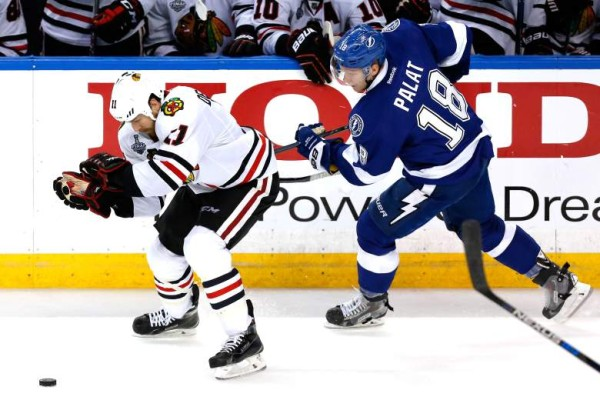 chicago blackhawks game 2 lightning stanley cup finals 2015