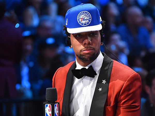 jahlil okafor drafted by philadelphia 76ers nba draft 2015