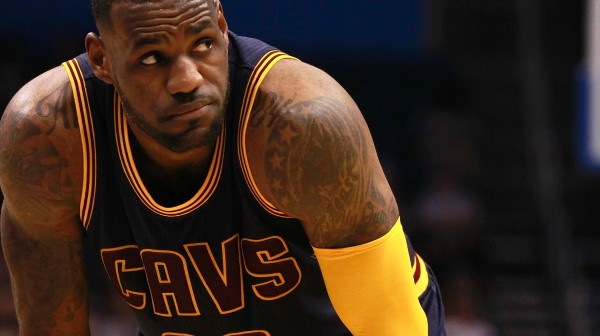 lebron james lone cavaliers superstar 2015 nba finals
