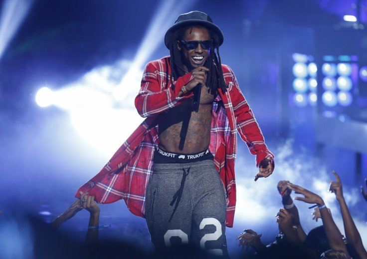 Lil Wayne Concert Abruptly Ends When Someone Screams ...