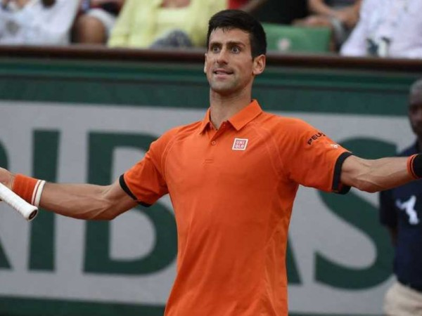 novak djokovic gets golden showers at 2015 french open