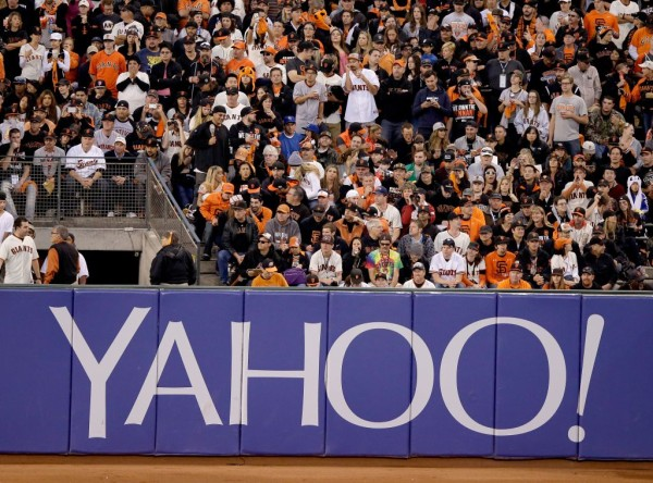 yahoo partnering with nfl streaming 2015