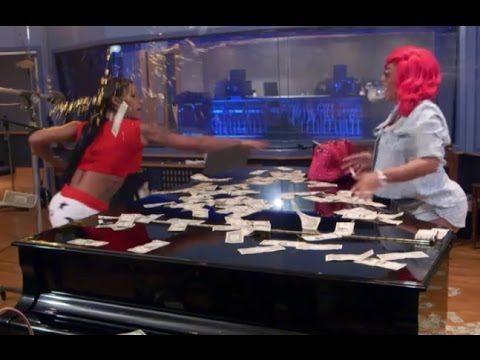 joseline throws money on love hip hop atlanta 2015