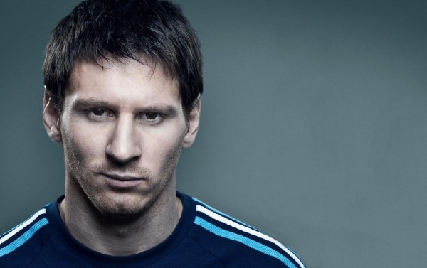 lionel messi seals ballon dor 2015 images