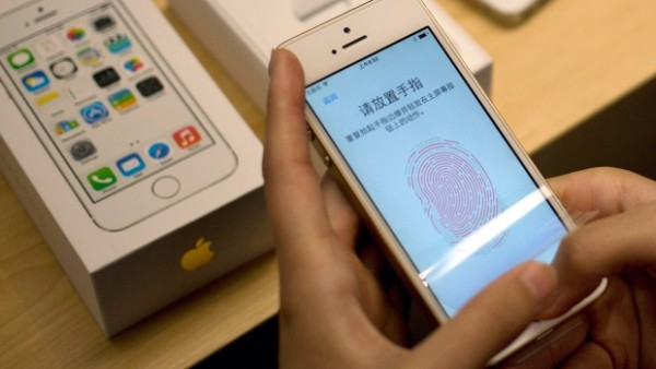 apple biometrics already hacked 2015 images tech