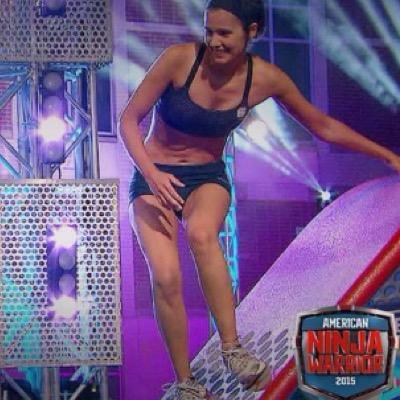daniela bright competing on american ninja warrior