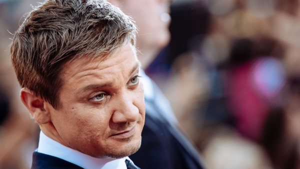 hollywoods gender pay issue jeremy renner 2015 opinion images