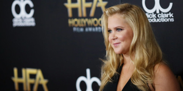 amy schumer hollywood film awards 2015 gossip