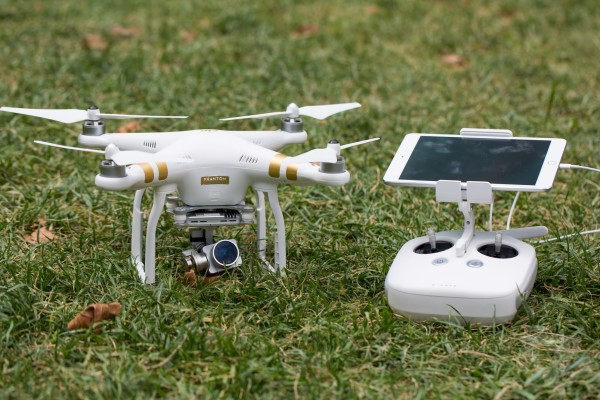 dji phantom 3 hot tech geek holiday gifts 2015