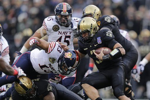 only winners in the army navy rivalry 2015 images