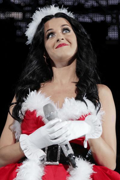sexy female santas katy perry 2015