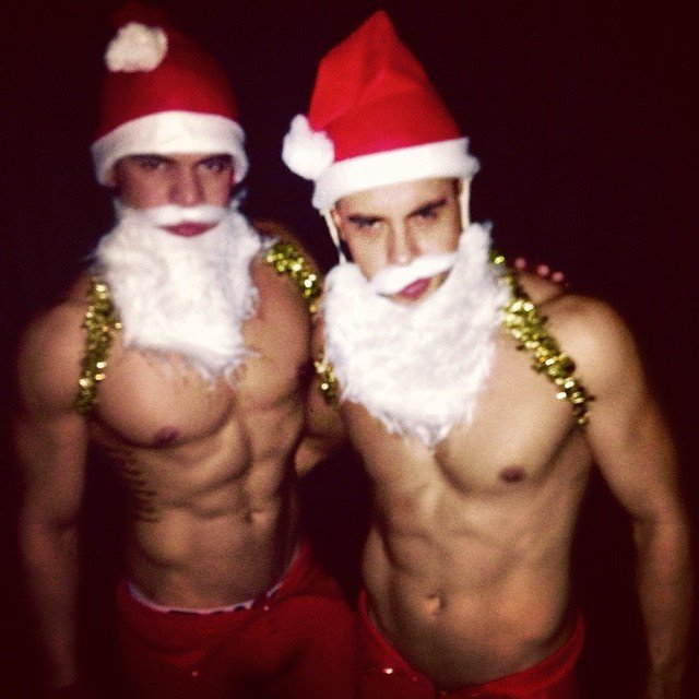 sexy santa jared let shirtless men images 2014 640×640-012