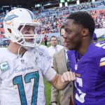 vikings teddy bridgewater feels up dolpohins ryan tannehill bugle nfl 2014 images season