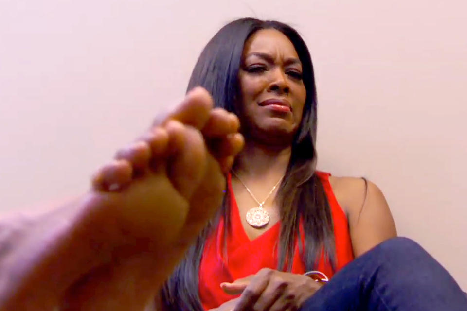 claudia jordans feet problem for kenya real housewives of atlanta 2015