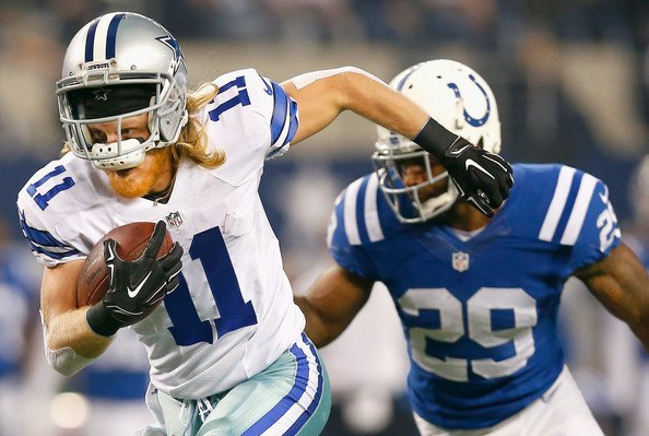 dallas cowboys cole beasley loses helmut beating out colts 2014 nfl season images