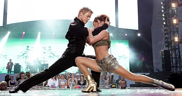 derek hough leaving dancing with the stars
