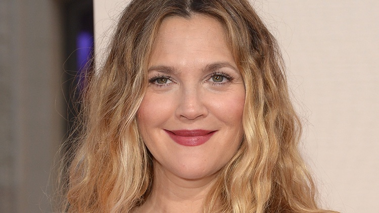 drew barrymore past her career prime due date 2015