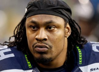 marshawn lynch holding on for seattle seahawks nfl 2015