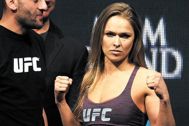 hottest top 10 ufc fighters 2014 2015 images