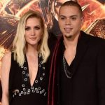 ashlee simpson pregnant for peter wentz 2015 images
