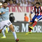atletico madrid takes out eibar with jumping soccer bulge players 2015
