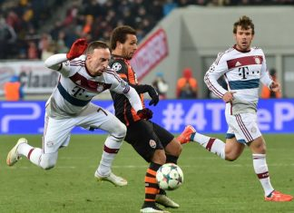 bayern much franck ribery fights for ball 2015