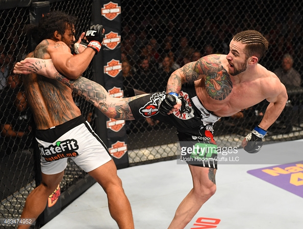 brandon thatch kicks up benson henderson ufc fight night 60 2015