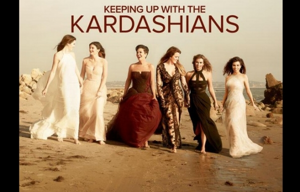 keeping up with the kardashians season 10 poster 2015