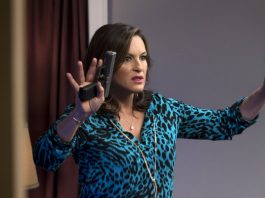 olivia benson hands up for mothers lap dance law order svu 2015 iamges