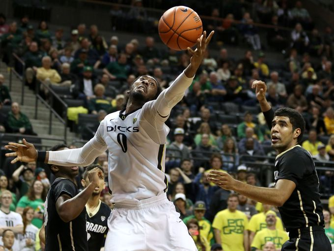 oregon ducks beat utah college basketball 2015