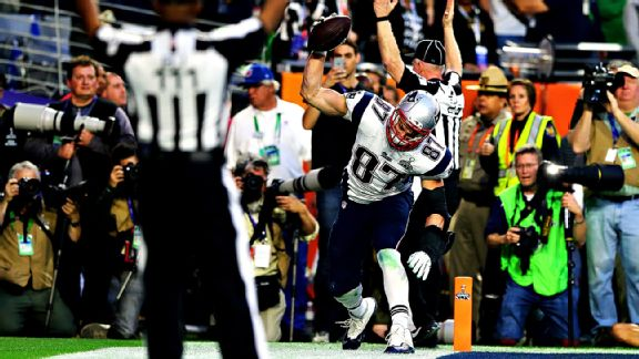 rob gronkowski patriots touchdown for super bowl 2015