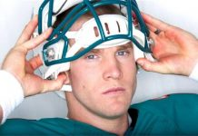 ryan tannehill working hard for miami dolphins nfl 2015ryan tannehill working hard for miami dolphins nfl 2015