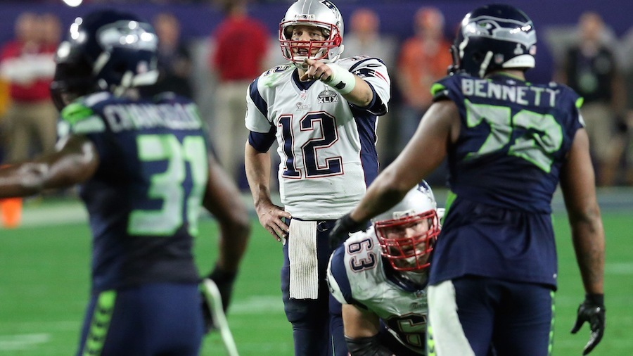 tom brady directing new england patriots for super bowl xlix win 2015