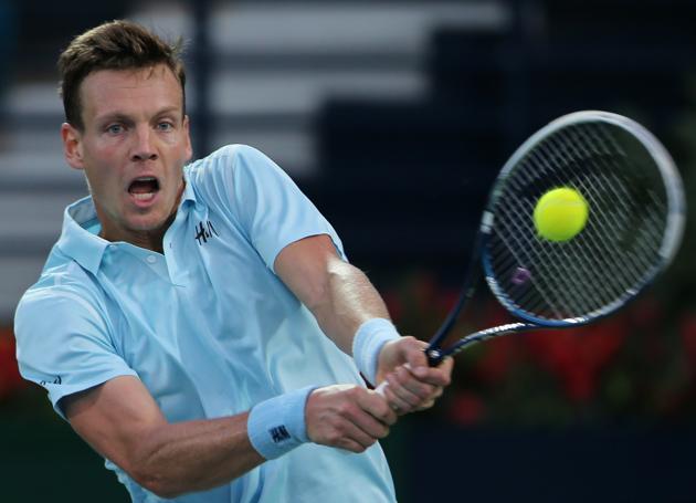 tomas berdych defeats sergiy stakhovsky 2015 dubai open tennis