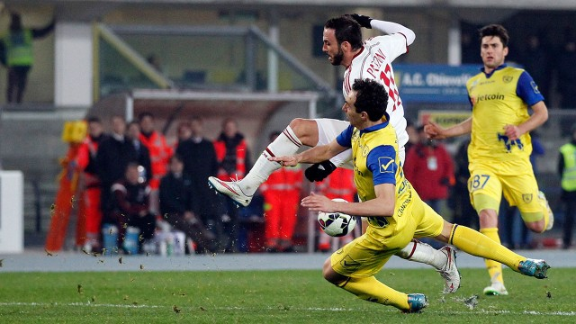 ac milan draws on chievo serie a soccer 2015