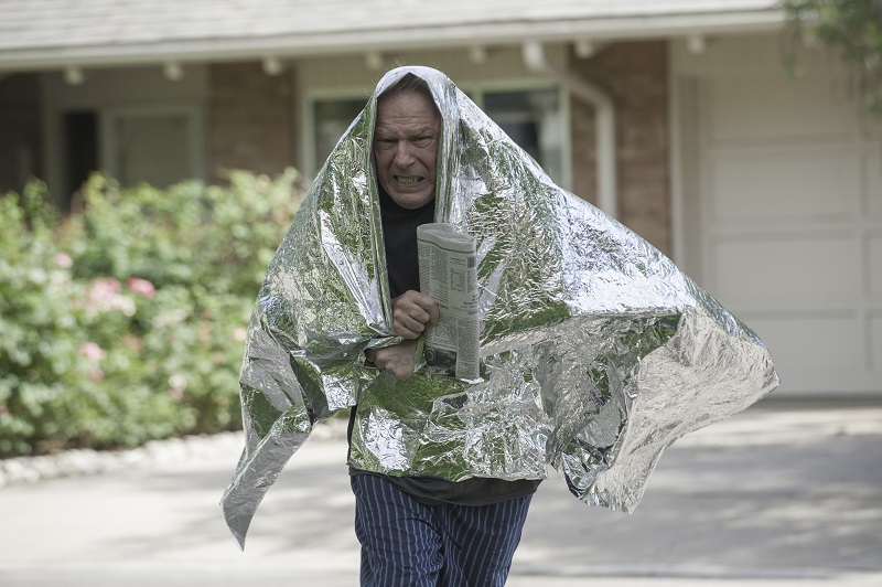 better call saul chuck mcgill steals old womans newspaper felony 2015