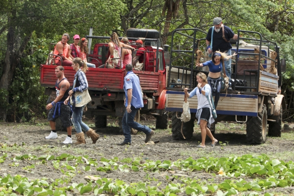 blue collar tribe for survivor worlds apart 2015