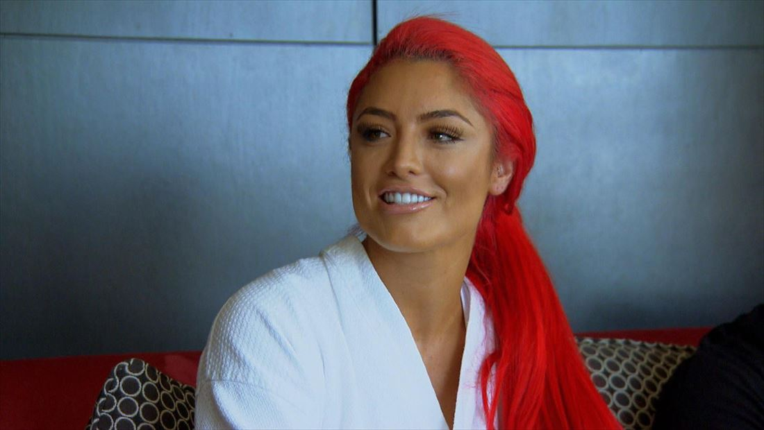 brie red haired for total divas mo money 2015